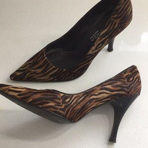 Animal print heels by via spiga size 8